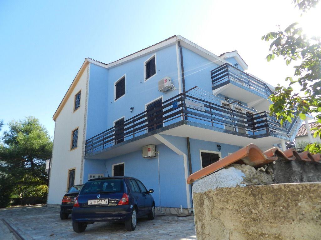 Apartments Antun