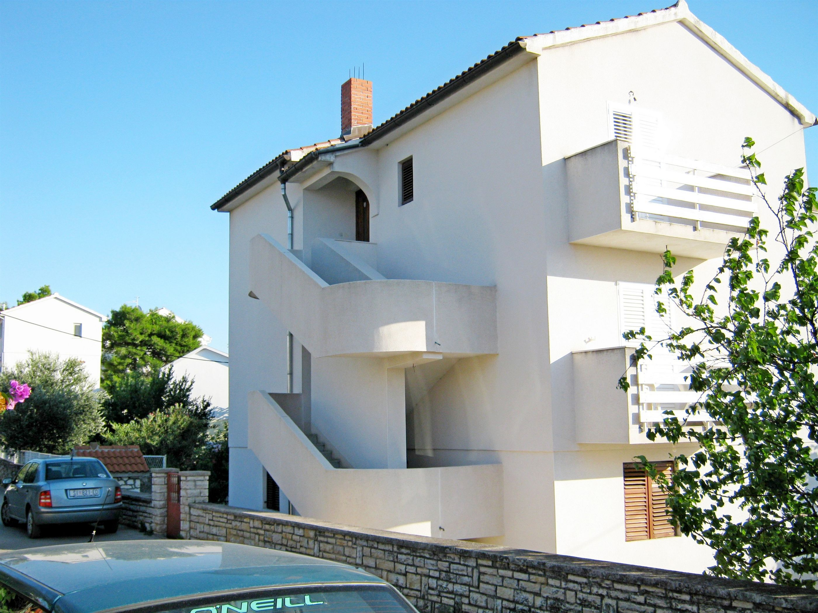 Apartment and Rooms Zorka