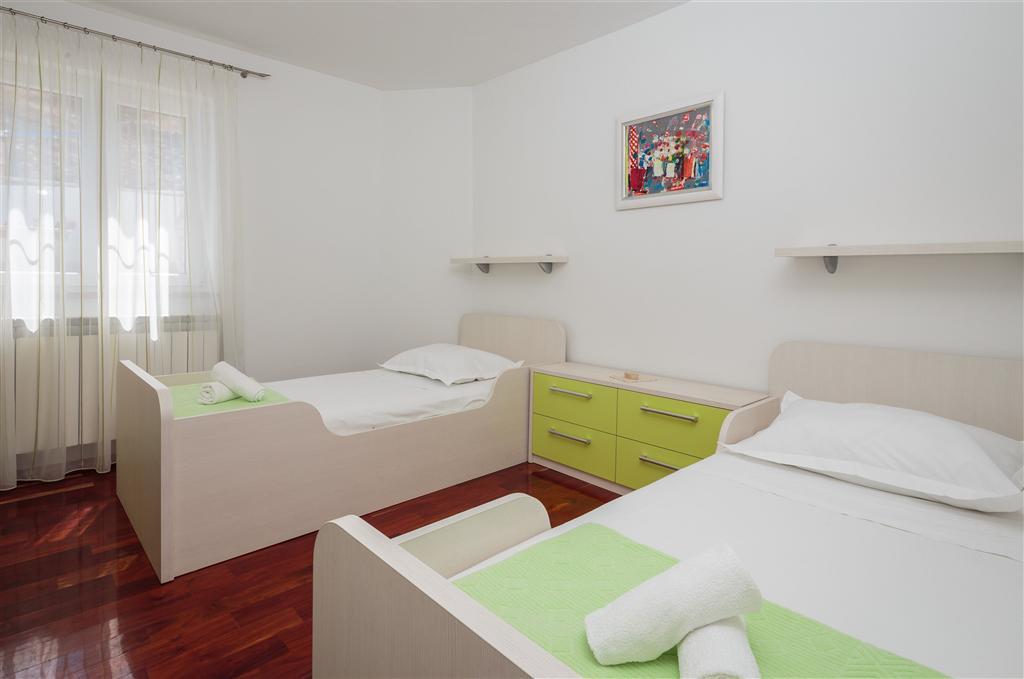 Maison de vacances Haus Andrej 22581-K1 (2068799), Nerezisca, Île de Brac, Dalmatie, Croatie, image 18