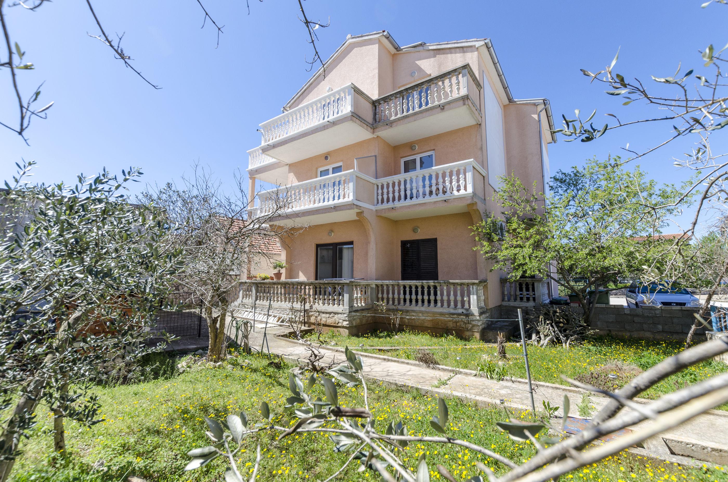 Apartments Vili