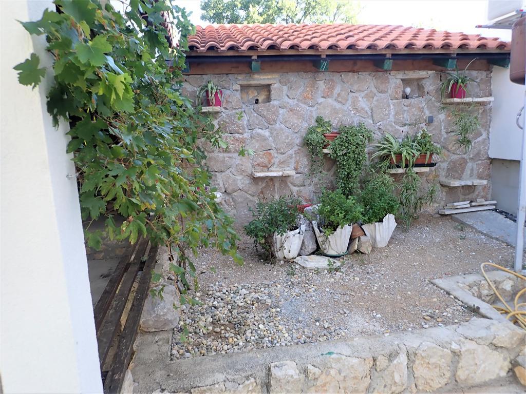 Ferienwohnung Ferienwohnungen MaiaLena-modernly furnished and with nice garden 58492-A1 (2614879), Maslenika, , Dalmatien, Kroatien, Bild 19