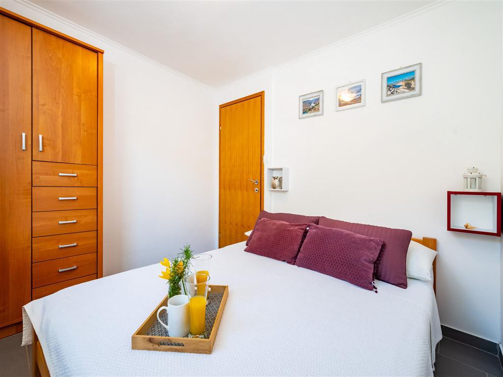 Ferienwohnung Ferienwohnungen MaiaLena-modernly furnished and with nice garden 58492-A1 (2614879), Maslenika, , Dalmatien, Kroatien, Bild 10